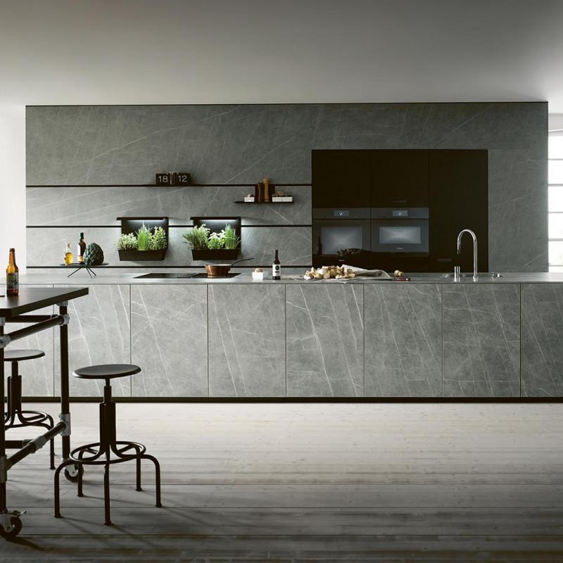 Küche in Granit, Next125 Partner von hp. mülller ag schreinerei, küche bad wohnen, massgeschreinerte küche, Ihr Küchenbauer in St.Gallen